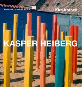 Kira Kofoed, Kasper Heiberg - maler, billedhugger og pioner på stedets betingelser, 1928-1984 København: Forlaget Vandkunsten, 2013. 411 sider.