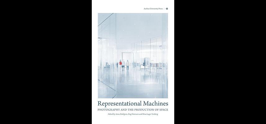 Anmeldelse af antologien Recreational Machines