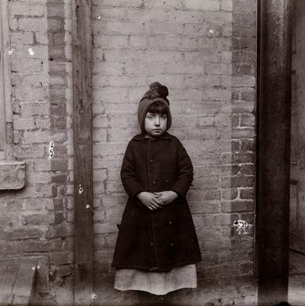 "Jacob A. Riis: ""I Scrubs"" – Little Katie from the West 52nd Street Industrial School, 1891-92 Museum of the City of New York, 90.13.4.116"