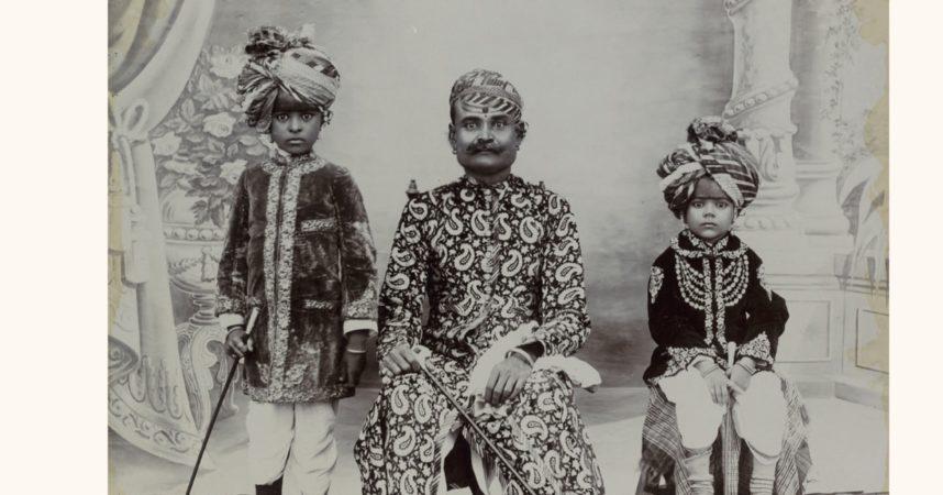 Anmeldelse af Under Indiens himmel: Fotografier fra det 19. århundrede